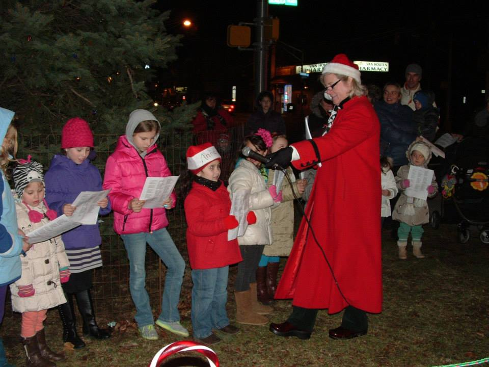 Annual Tree Lighting Ceremony